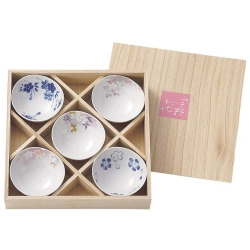 Sakura Goyomi Bowls Set (5) - Click for more info