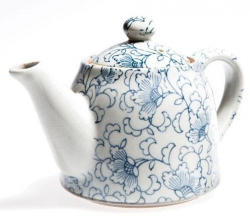 White Kusa Teapot - Click for more info