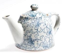 White Kusa Teapot