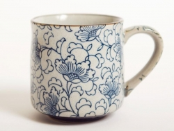 White Kusa Tea Mug