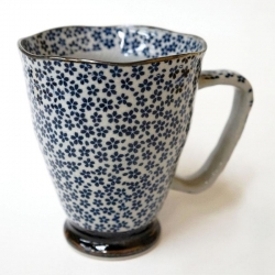 Daisy Large Mug - Click for more info