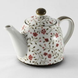 Sachiko Red Teapot (500ml) - Click for more info