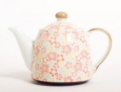 Koharu Teapot - Click for more info