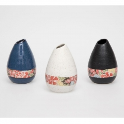 Shiki Yuzen Teardrop Vase